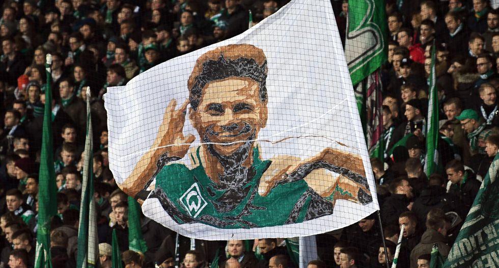 Claudio Pizarro anunció que renovó una temporada más con el Werder Bremen. En la campaña 2018-19 marcó 7 goles en los minutos que le dieron. (Foto: EFE)