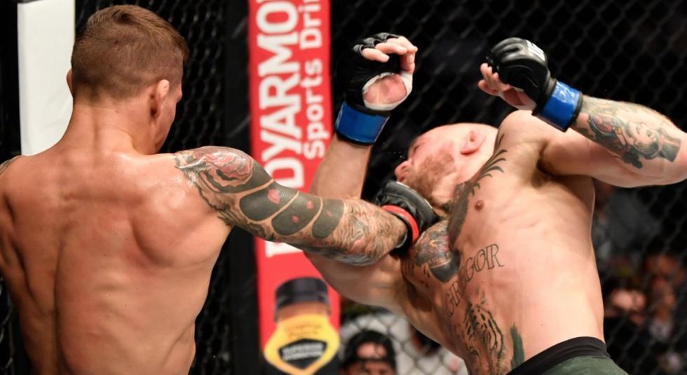 Dustin Poirier venció a Conor McGregor en el UFC 257