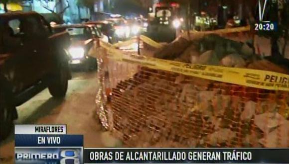 Miraflores: caos vehicular en Petit Thouars por obra de Sedapal
