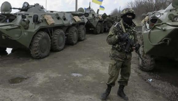 Ucrania: Tres prorrusos mueren intentando tomar base militar