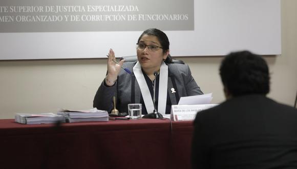 La jueza María de los Ángeles Álvarez Camacho tomará una decisión clave para el futuro legal de Luis Castañeda Lossio y José Luna. (Foto: GEC)