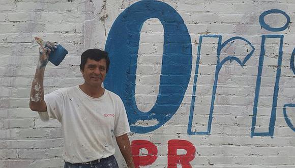 Un candidato a la región Lambayeque hace sus propias pintas