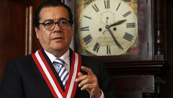 Mendoza pide a jueces verificar demandas contra periodistas