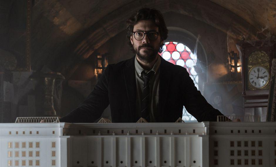 """En lo nuevo de """"La casa de papel"""", el Profesor (Álvaro Morte) llevará a cabo un golpe incluso más peligroso que el de la Fábrica nacional de moneda y timbre. Foto: Netflix."""