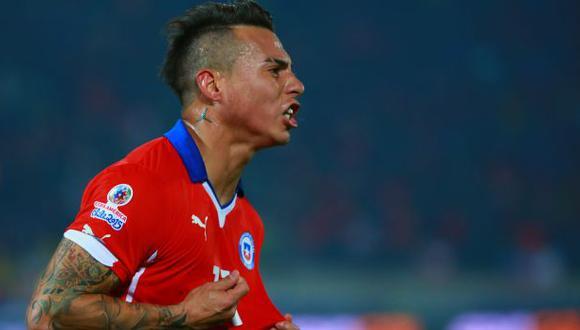 Eduardo Vargas celebra ausencia de Suárez pero destaca a Cavani