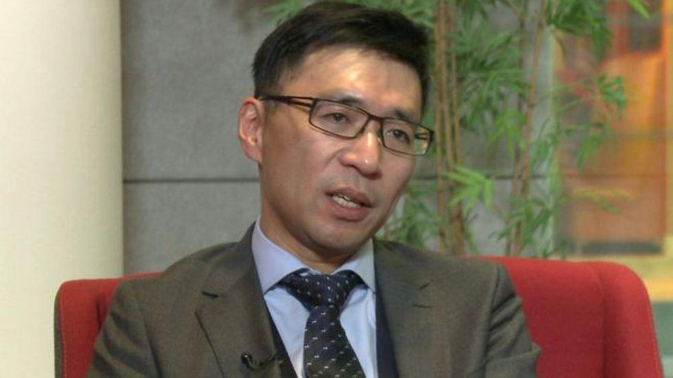 Ronald Li estuvo 20 años fabricando su primer corazón en miniatura.