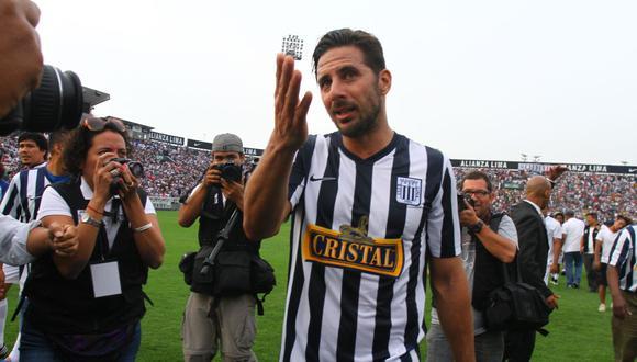 Claudio Pizarro jugó en Alianza Lima entre 1998 y 1999. Se retiró de la actividad del fútbol a mediados del 2020. (Foto: El Comercio)