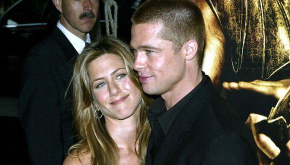 Brad Pitt y Jennifer Aniston fueron una de las parejas más queridas de Hollywood por el año 2000. (Foto: AFP)