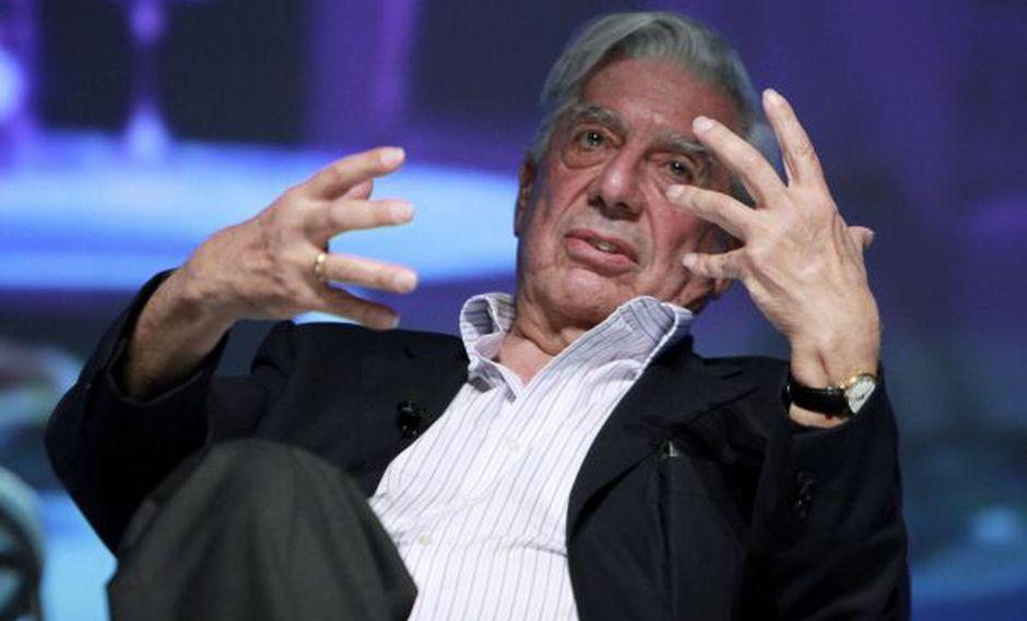 """Vargas Llosa """"se mantiene al margen de adaptaciones"""" a su obra"""