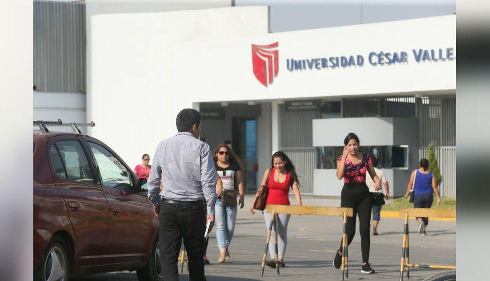 La carrera de Medicina es la mejor pagada en la Universidad César Vallejo, con un sueldo promedio mensual de S/ 3.987.(Foto: El Comercio)
