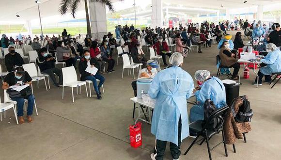 Medida busca facilitar el retorno a sus domicilios de quienes acudan a vacunarse el sábado 24 y domingo 25 de julio. (Foto: Minsa)