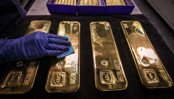 El oro ha perdido más del 6% este año debido a que los rendimientos más altos han opacado el atractivo del metal dorado. (Foto: AFP)