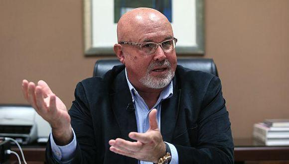 Bruce: No es ilegal que Albrecht presida Comisión Lava Jato