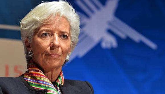 Las perspectivas de crecimiento podrían empeorar, advirtió el FMI, entidad que es presidida por Christine Lagarde. (FOTO: AP)