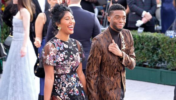 Chadwick Boseman se casó con su novia Taylor Simone Ledward antes de fallecer. (Foto: SARAH MORRIS/AFP)