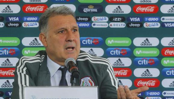 Gerardo Martino brindando una conferencia de prensa. (Foto: EFE)