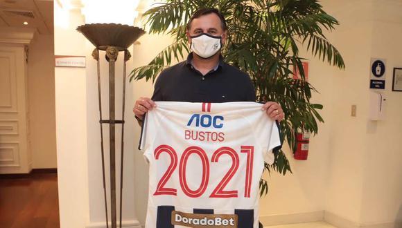 Carlos Bustos, entrenador de Alianza Lima, estará atento a la resolución del TAS este 17 de marzo. (Foto: Alianza Lima)