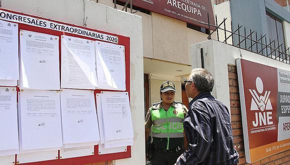 Solo 10 excandidatos al Congreso por Arequipa rindieron cuentas