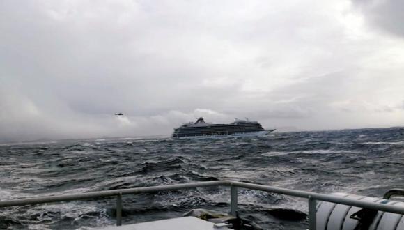 """Según la televisión noruega, se encuentran en estado grave tres personas que viajaban en el """"Viking Sky"""". (Foto: EFE)"""