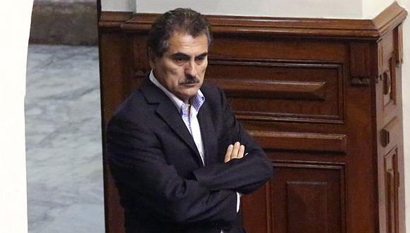 Julio Gagó no asistió a Comisión de Ética por motivos de salud