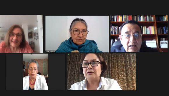 El Tribunal de Honor está integrado por Carmen McEvoy, Tarcila Rivera, Gastón Soto, Susana Baca y Delia Revoredo (presidenta). (Captura: JNE)