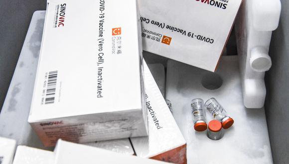 El presidente de Chile, Sebastián Piñera, anunció el fin de semana que el país recibirá 3 millones más de dosis de Sinovac. (Archivo / JOAQUIN SARMIENTO / AFP)