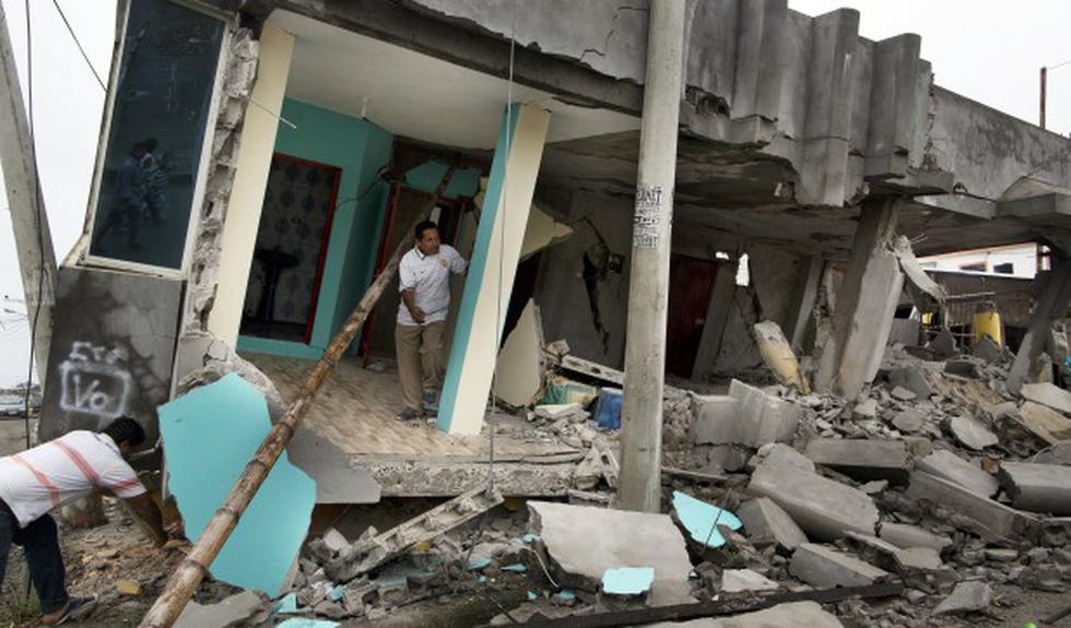 Ecuador: Víctimas por el terremoto suman más de 650 [VIDEOS] - 2