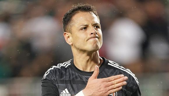 Javier Hernández puede perderse la Copa Oro con la selección mexicana. (Foto: AFP)