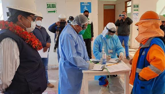 Puno: La Diresa transfirió cerca de tres millones de soles a las Redes de Salud de Puno y San Román para incrementar el número de equipos de respuesta rápida y hacer frente al COVID-19. (Foto Diresa Puno)