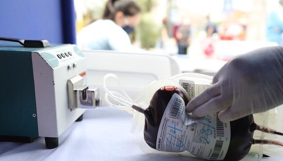 EsSalud promueve campaña en centros comerciales para donar sangre y salvar a pacientes con cáncer (Foto: EsSalud)