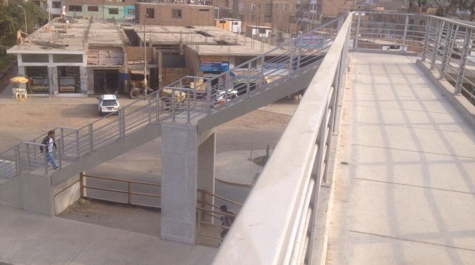 Evitamiento: puente tiene una sola rampa para discapacitados  - 6