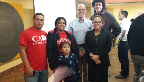 Peruanos en EE.UU. celebran anuncio de Obama sobre inmigración