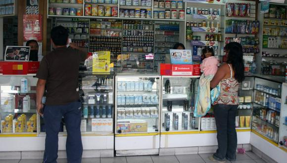 Las cadenas grandes de farmacias deberán tener disponible la totalidad de la lista de medicamentos genéricos. (Foto: GEC)