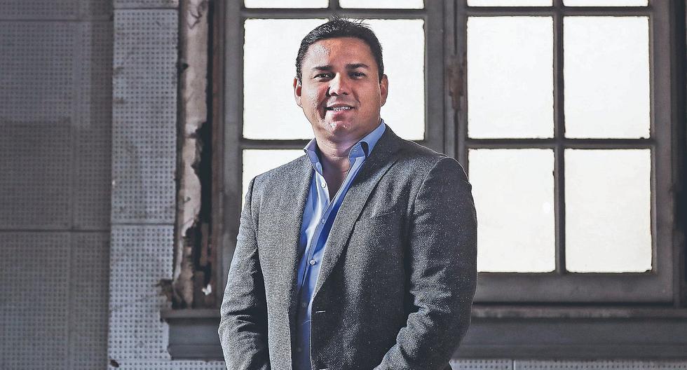 Sergio Ludeña ya tiene seis años como administrador del club Cienciano del Cusco. (Foto: GEC).
