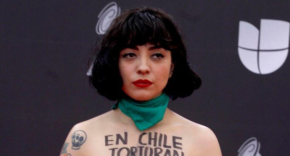 Mon Laferte lanzó el tema en marco de su presentación en los Premios Grammy Latinos 2019. Foto: AFP.