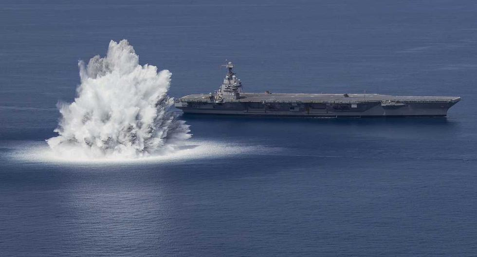 US detonates 18,000 kg bomb to test the resistance of a ship and causes an earthquake