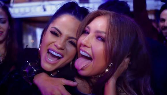 """Thalía y Natti Natasha en el videoclip de """"No me acuerdo"""". (Video: YouTube)"""