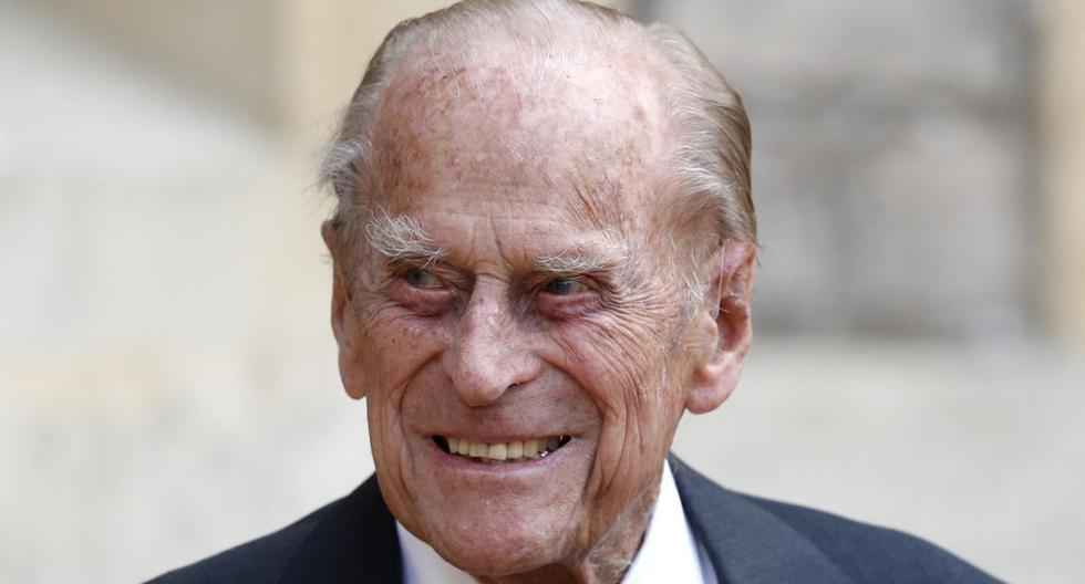 Prince Philip leaves the hospital after 28 days of admission