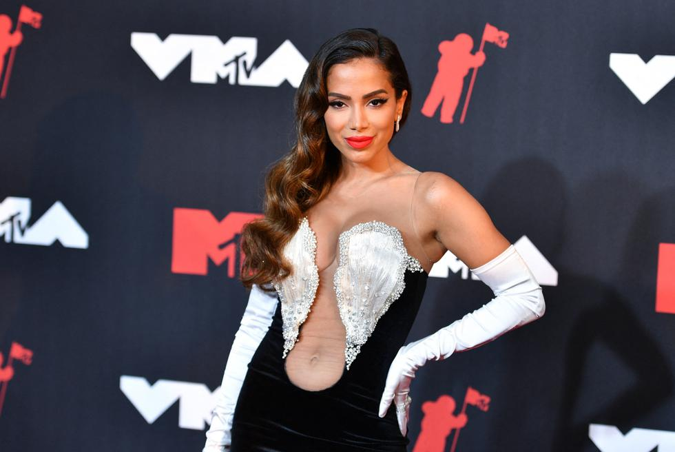 The Brazilian singer-songwriter for the first time at the MTV Video Music Awards. (Photo: AFP).