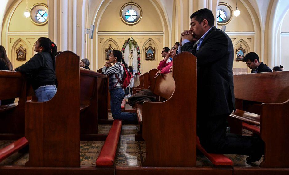 """El arzobispo de Bogotá aseguró que el religioso que no denuncie estos casos """"es encubridor y cómplice, y tiene que responder como si fuera abusador"""". (Referencial AFP)"""