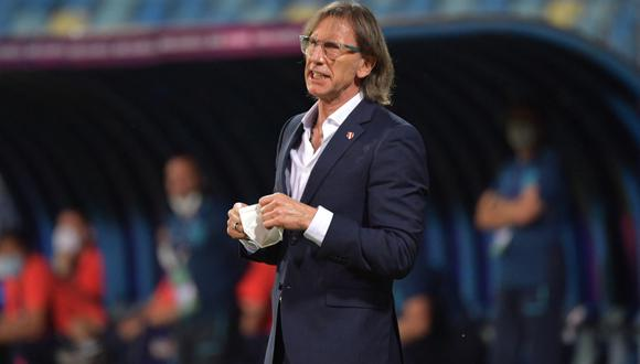 Ricardo Gareca es técnico de la selección peruana desde el 2015. (Foto: AFP)