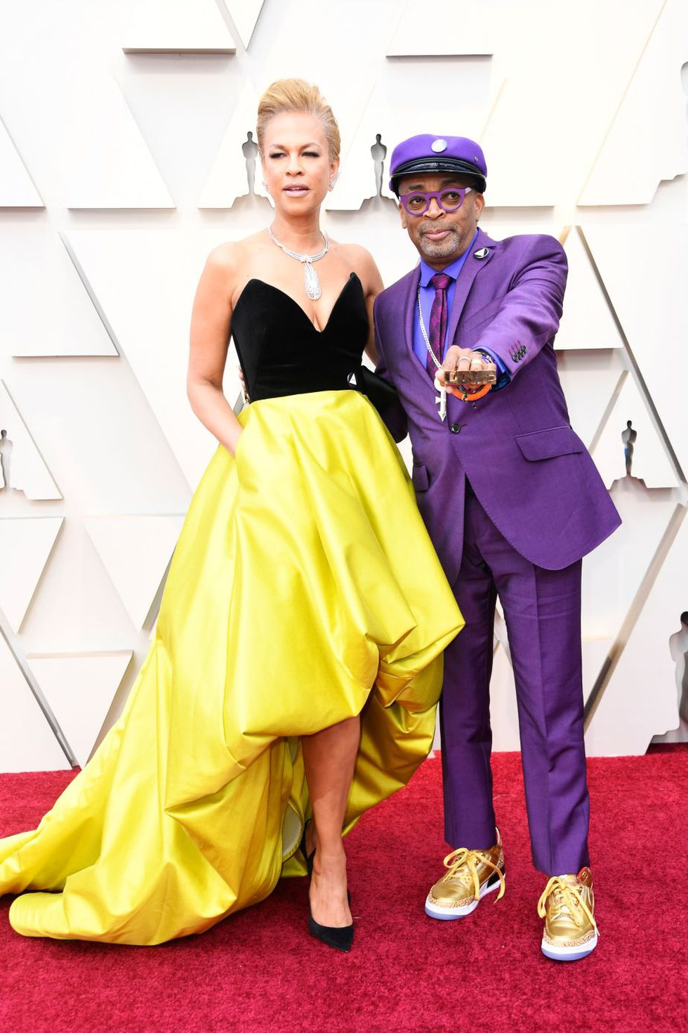 """Spike Lee, director de """"BlacKkKlansman"""", y su esposa, la productora Tonya Lewis (Foto: AFP)"""