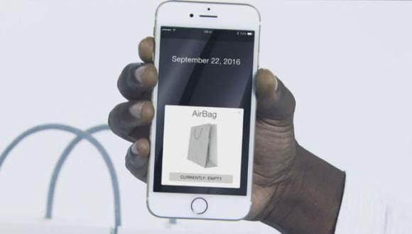 """Conan O'Brien se burló de Apple con el """"Air Bag"""" [VIDEO]"""
