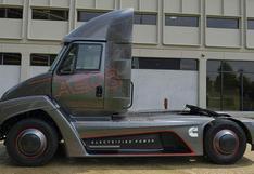 Conoce al camión que planea recorrer 160 km solo con electricidad