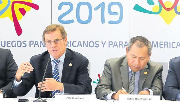 Carlos Neuhaus anunció que habrá transparencia en las licitaciones para las obras con miras a los Juegos Panamericanos Lima 2019. (Hugo Pérez/El Comercio)