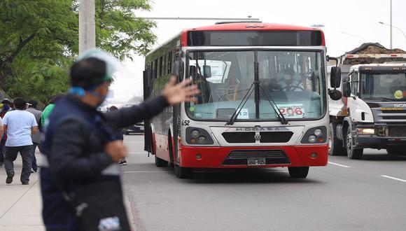 Los buses de los corredores complementarios sí circularán el miércoles 7 de abril . (Foto: Eduardo Cavero)