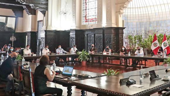 Integrantes del Ejecutivo brindaron conferencia de prensa. (Foto: Presidencia)