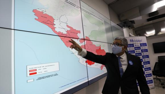 El jefe de la Unidad de Inteligencia y Análisis de Datos de EsSalud, Dante Cersso, informó que en 13 regiones los casos por COVID-19 aumentaron; mientras que en otras 12 disminuyeron. (Foto EsSalud)
