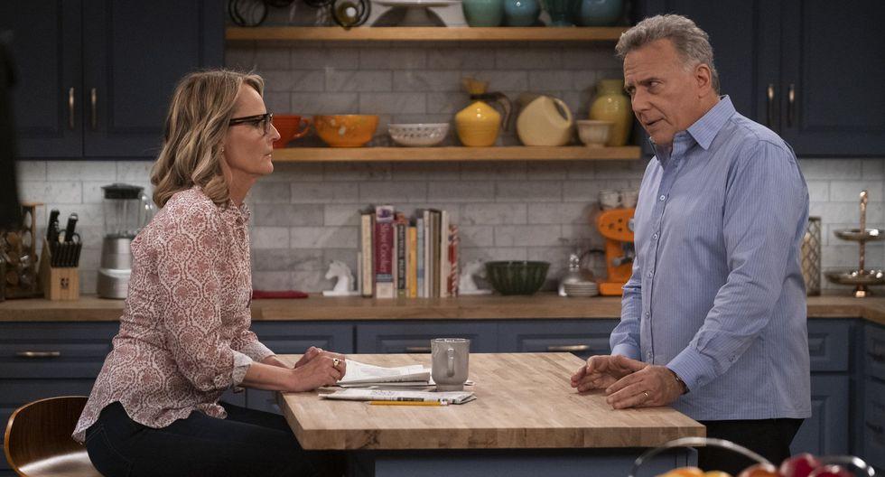 """Paul Reiser y Helen Hunt en una escena del revival de """"Mad about you""""."""