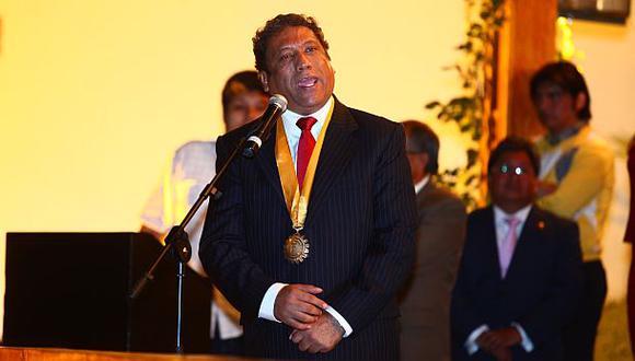 El alcalde de Lurigancho (Chosica), Luis Bueno, va por su séptimo mandato al frente de esa jurisdicción. (Foto: Archivo El Comercio)